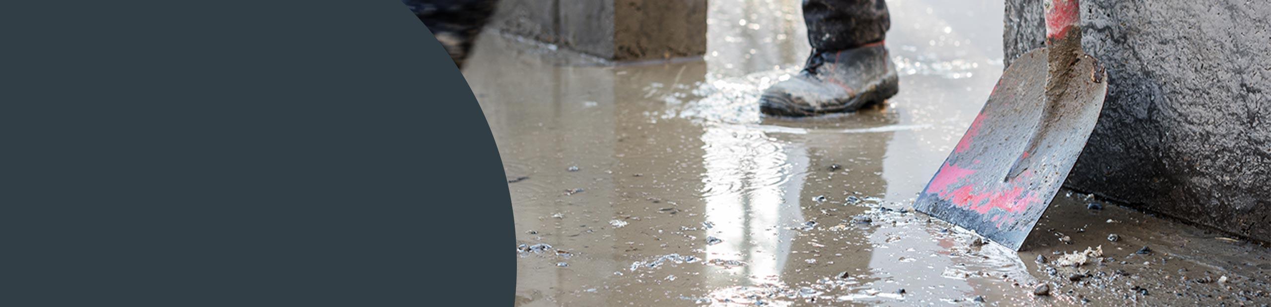 Flood Damage Clean-up Image
